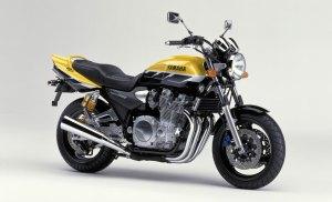 2001-Yamaha-XJR1300SPa