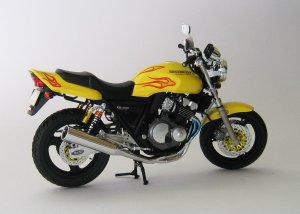 CB400 Super Four (7)
