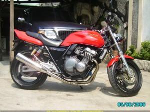 honda-cb400-06-580598